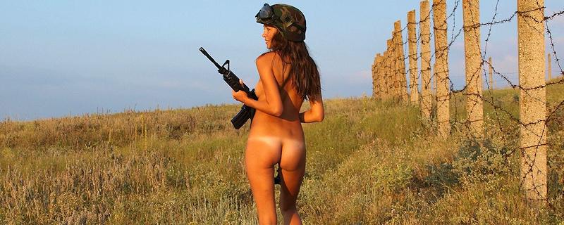 Yuliya – Dziewczyna z piechoty morskiej